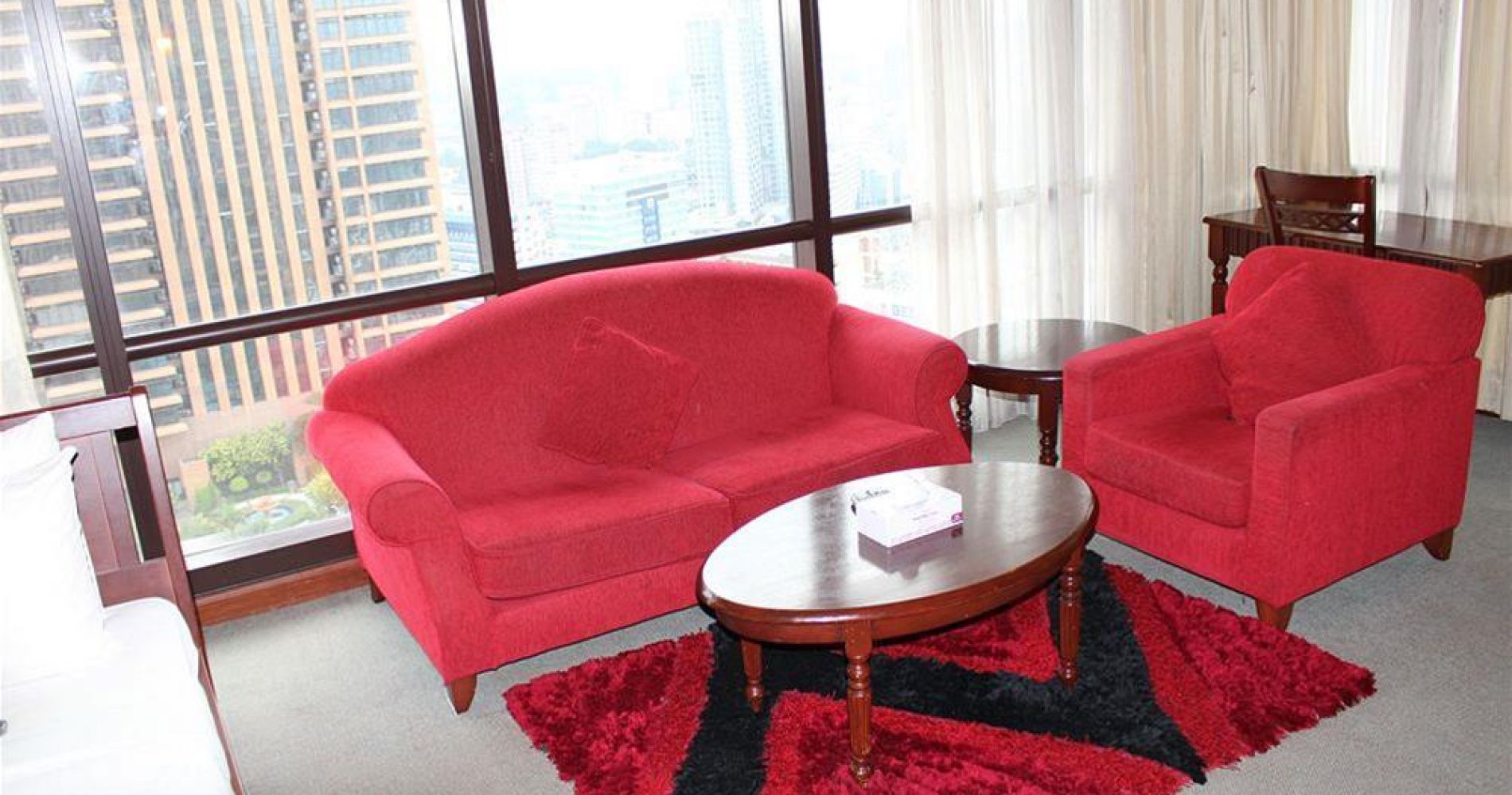 Grand Service Suite At Times Square