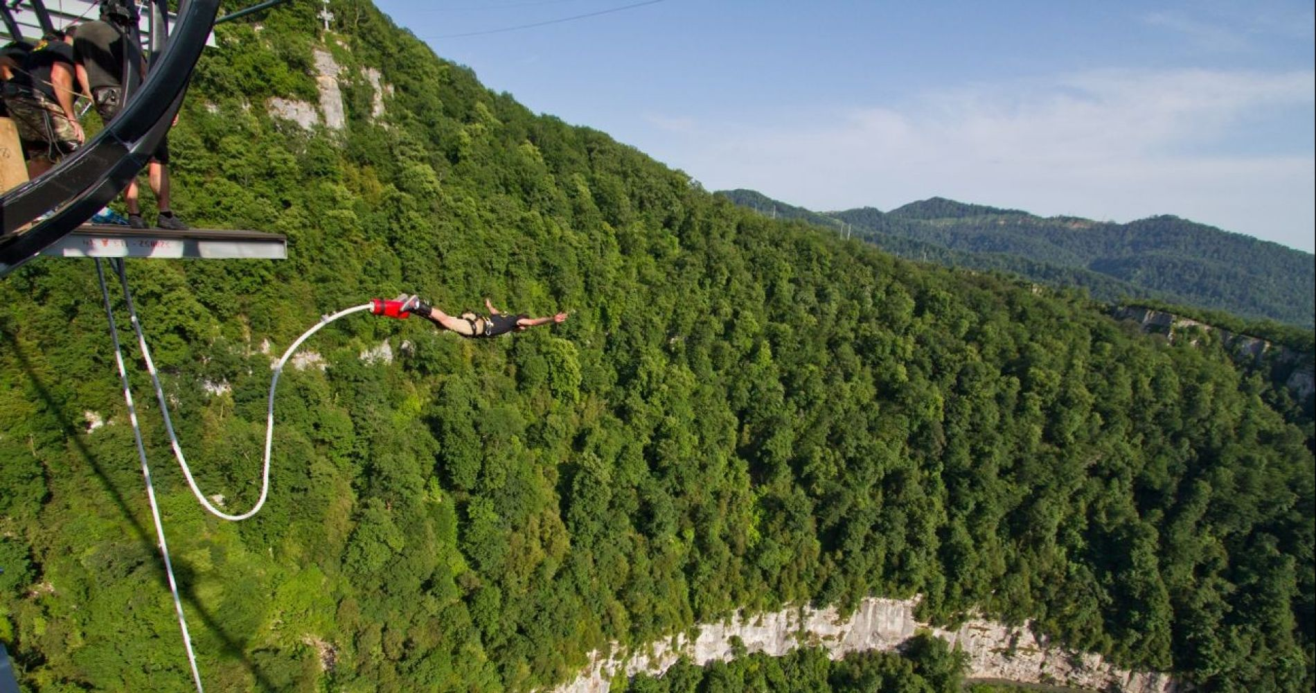 Bungy 207 over Mzymta Akhshtyr Valley