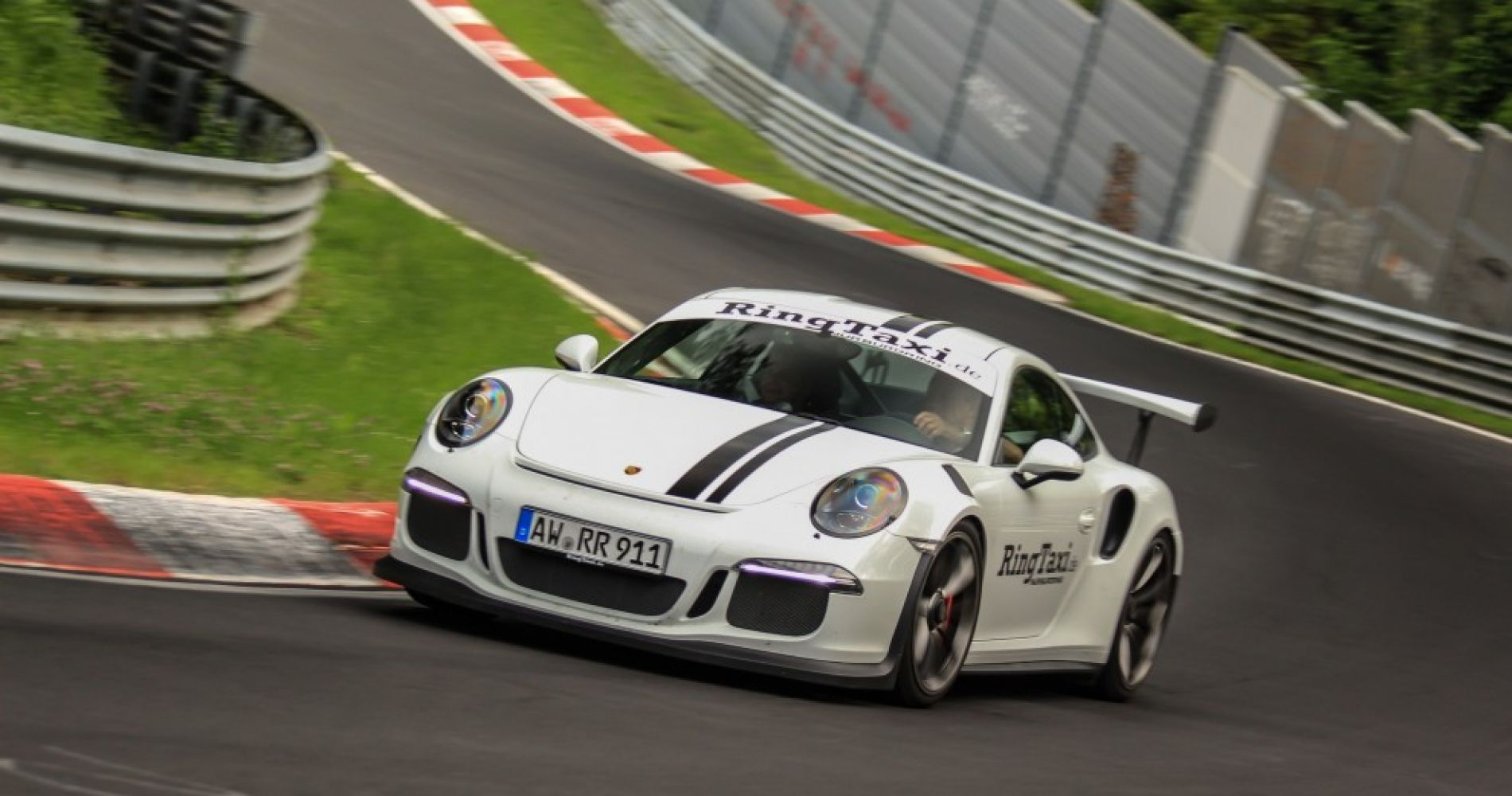 Drive yourself around the Nürburgring with Porsche 911 GT3 RS 991