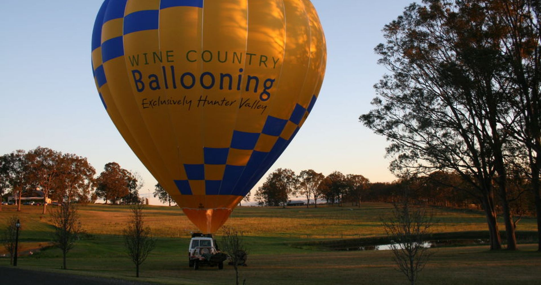 Hunter Valley Hot Air Balloon with Champagne