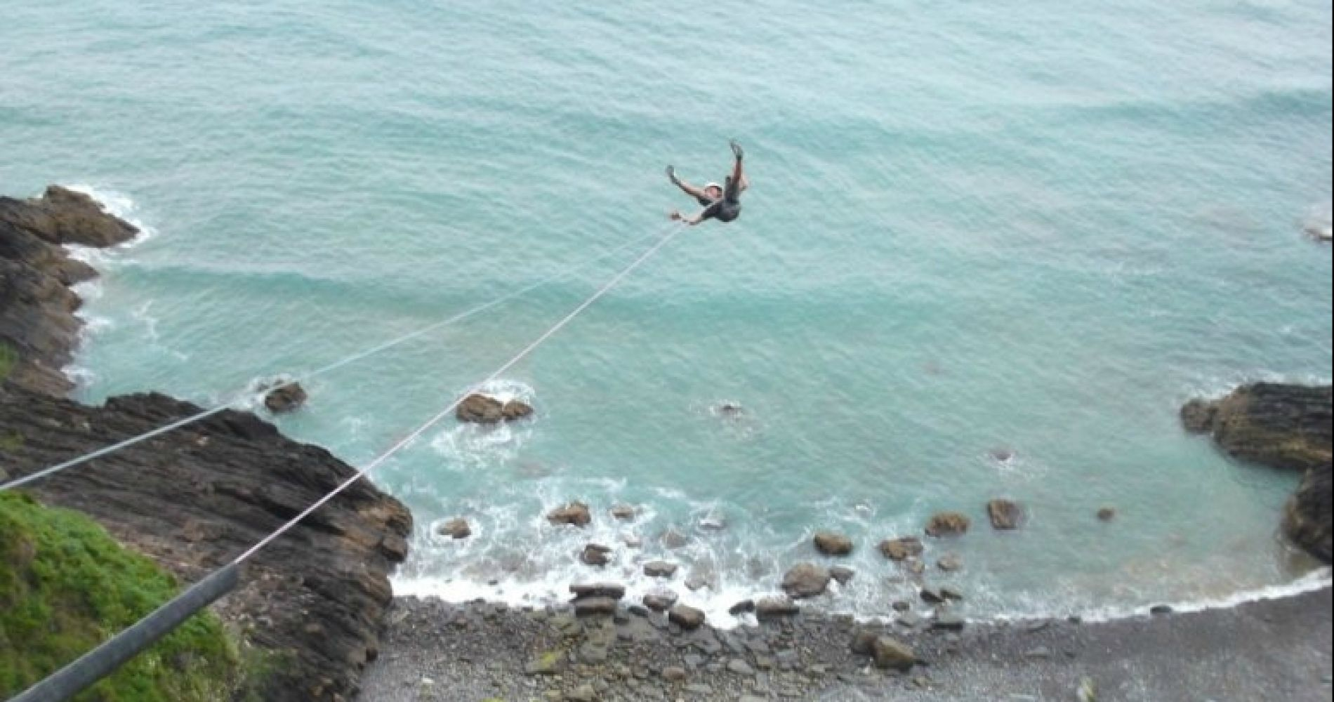 Bungee Jumping in Ondarroa with Dinner and Hotel Stay for Two