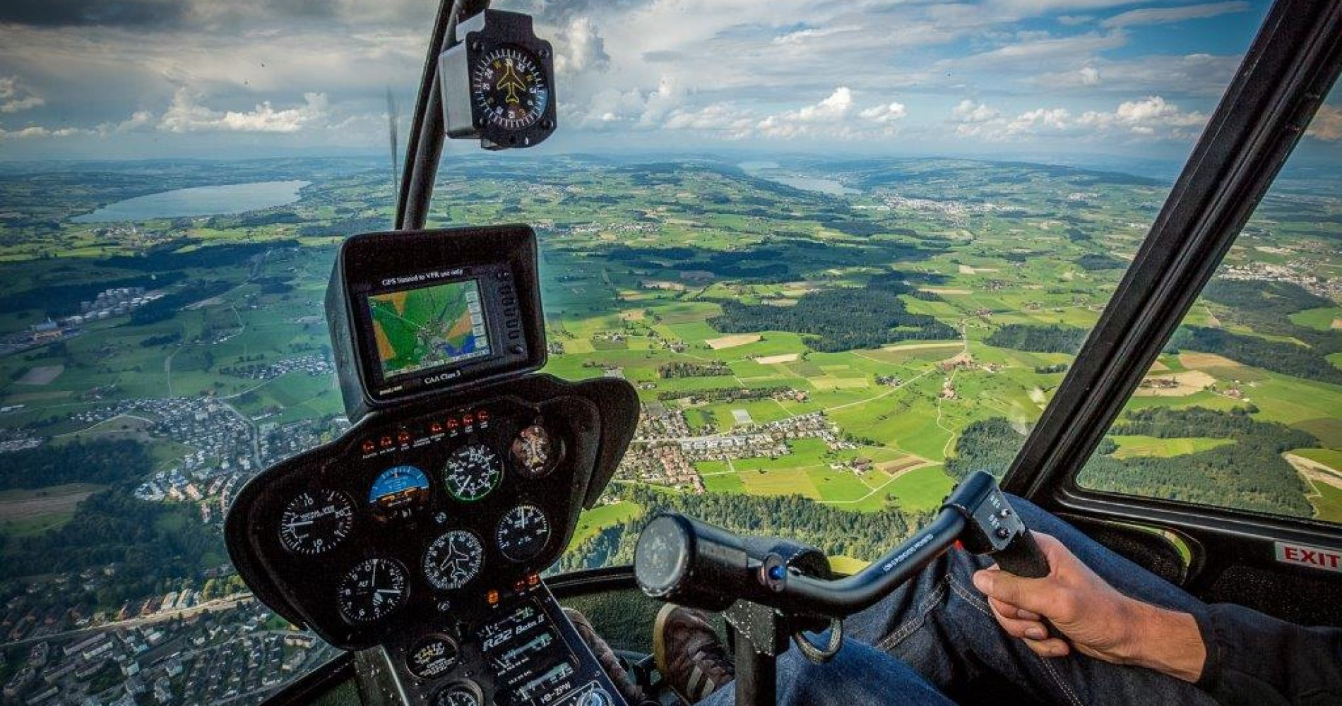 Helicopter flight over Wörthersee