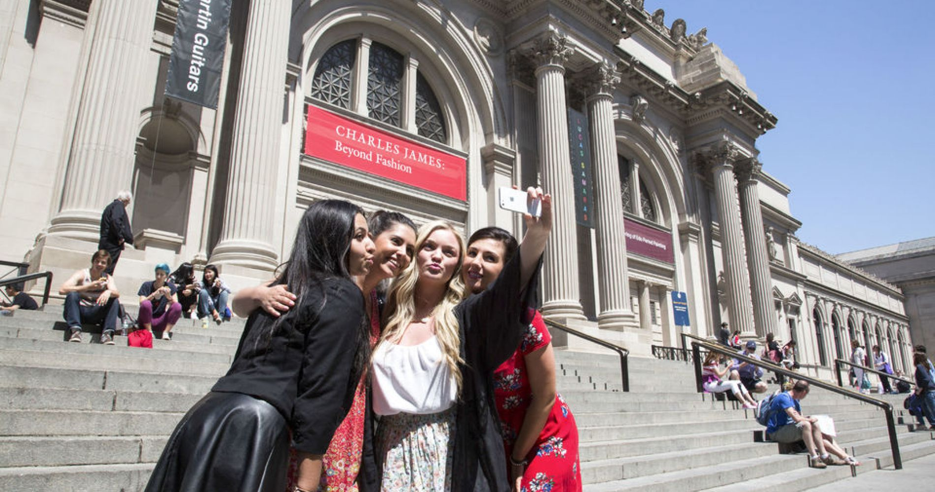 Gossip Girl Sites Tour for Five