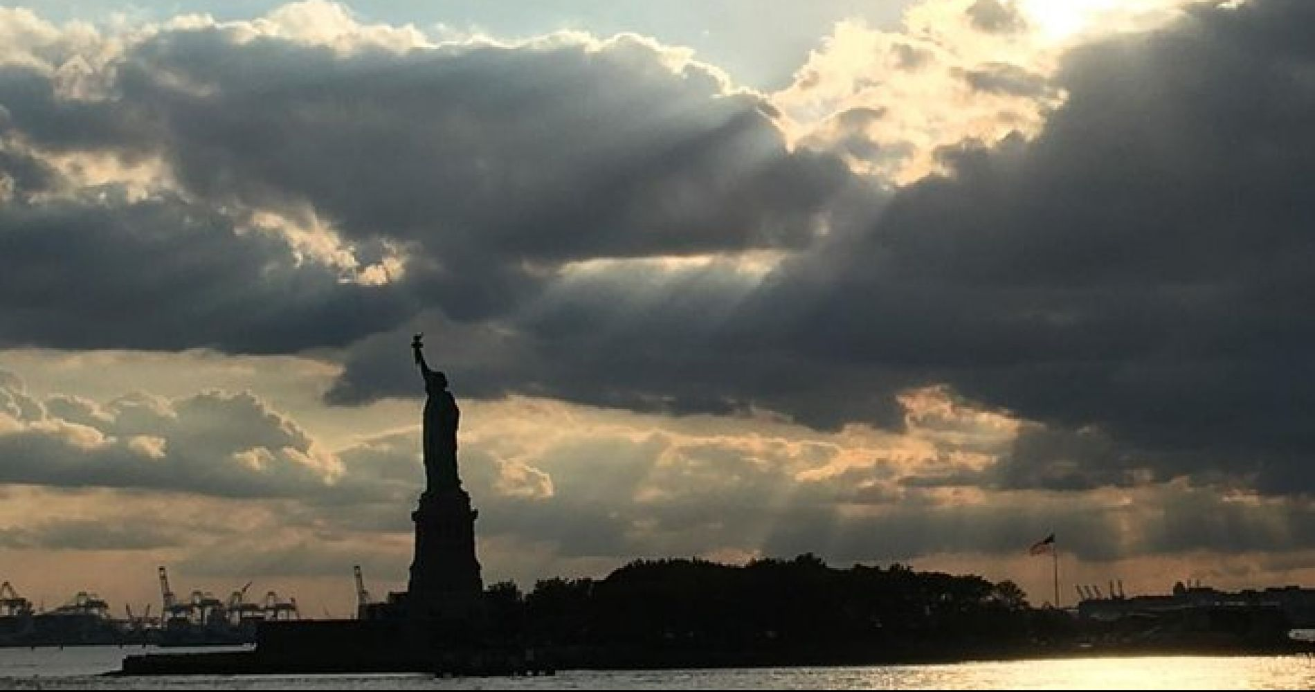 Statue of Liberty & Ellis Island tour for Two
