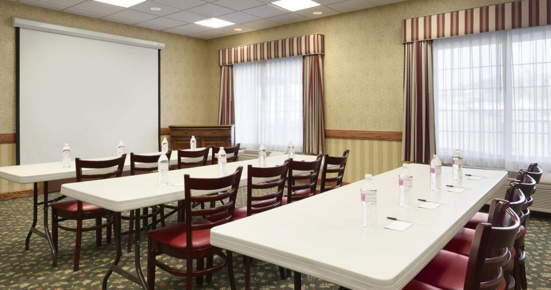 Country Inn & Suites By Radisson, Billings, Mt