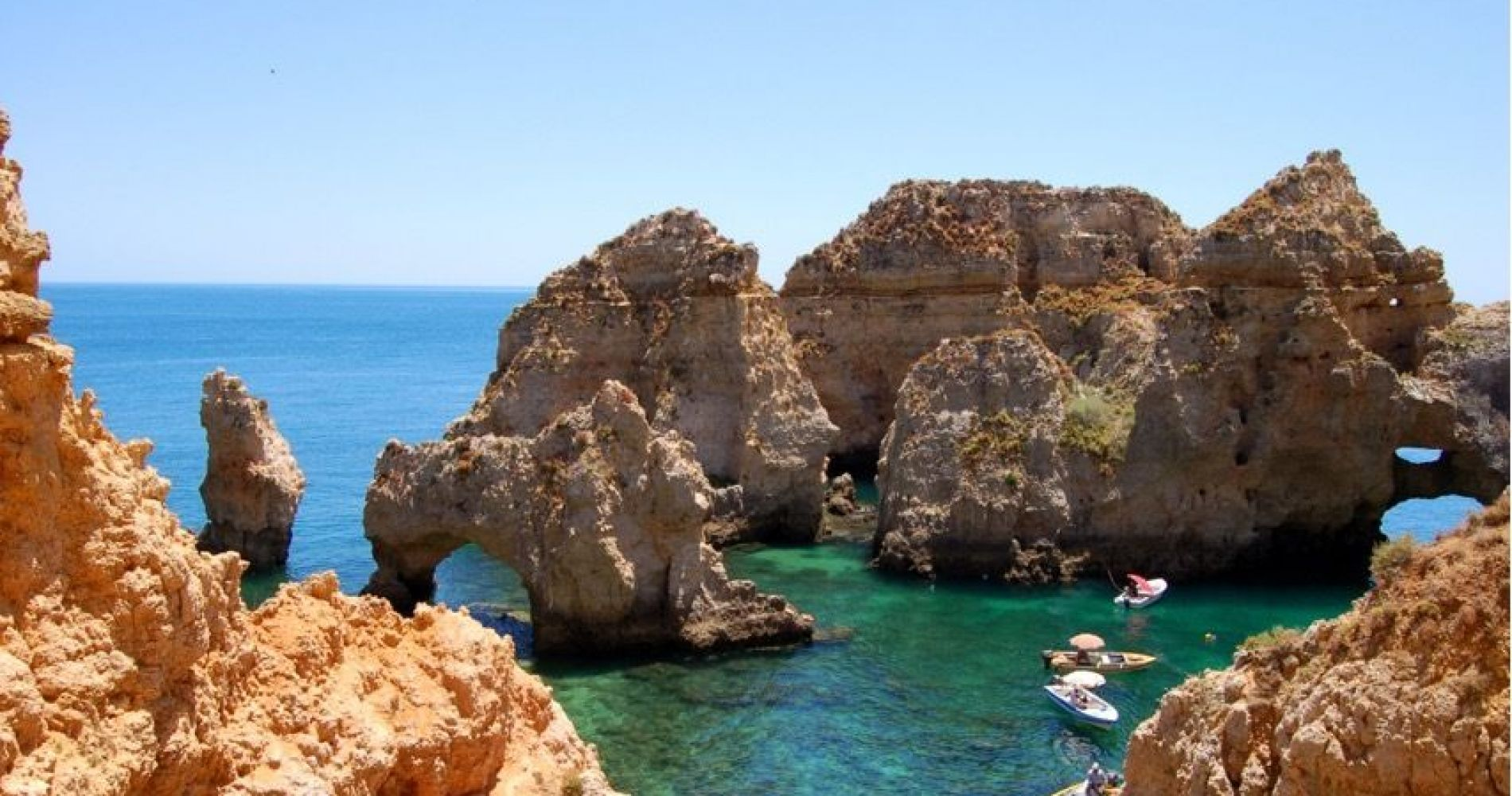 Convertible Car or Scooter Tours from Portimão & Alvor for Three