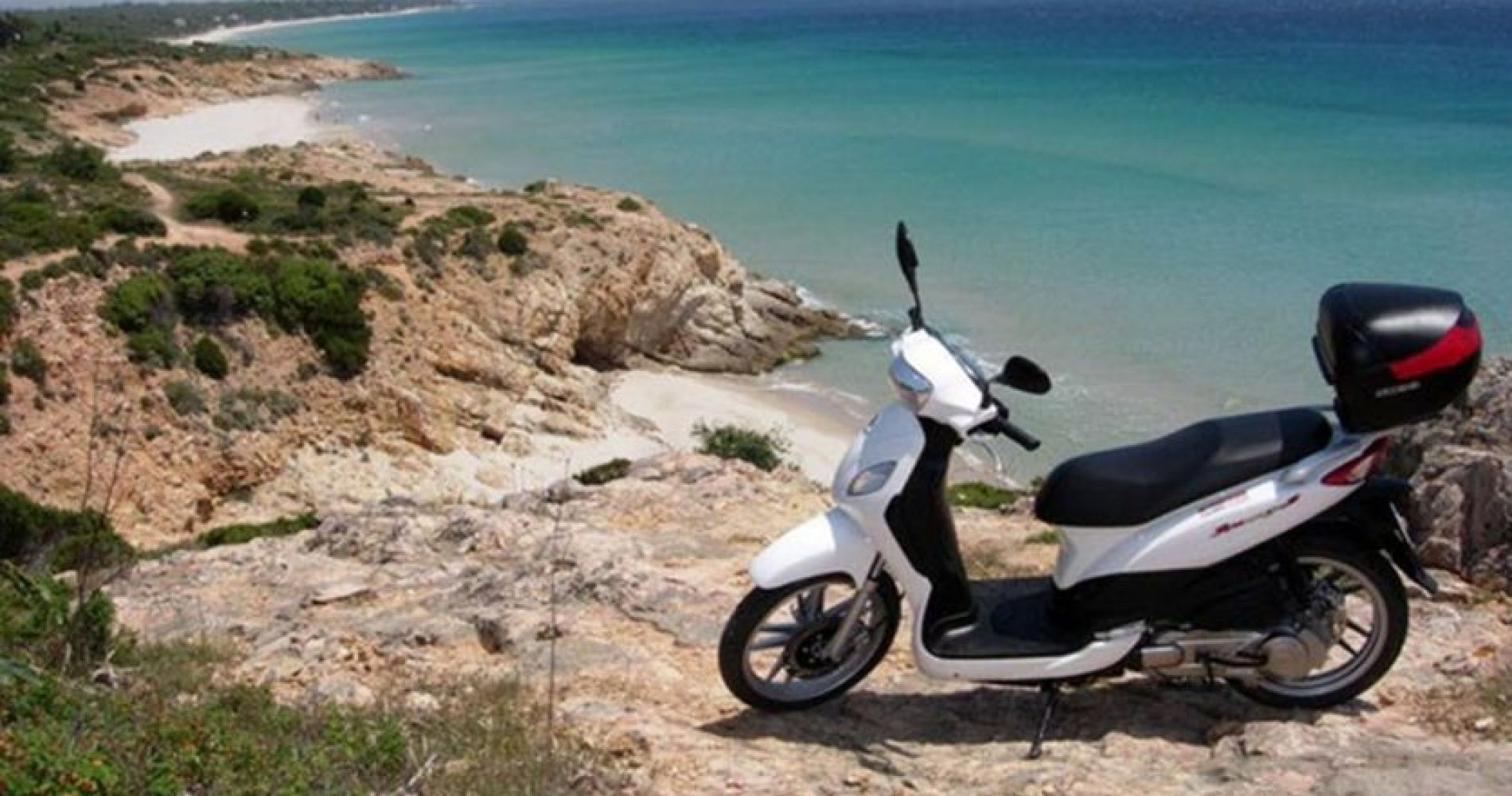Hidden Coves by Scooter in Cagliari for Three