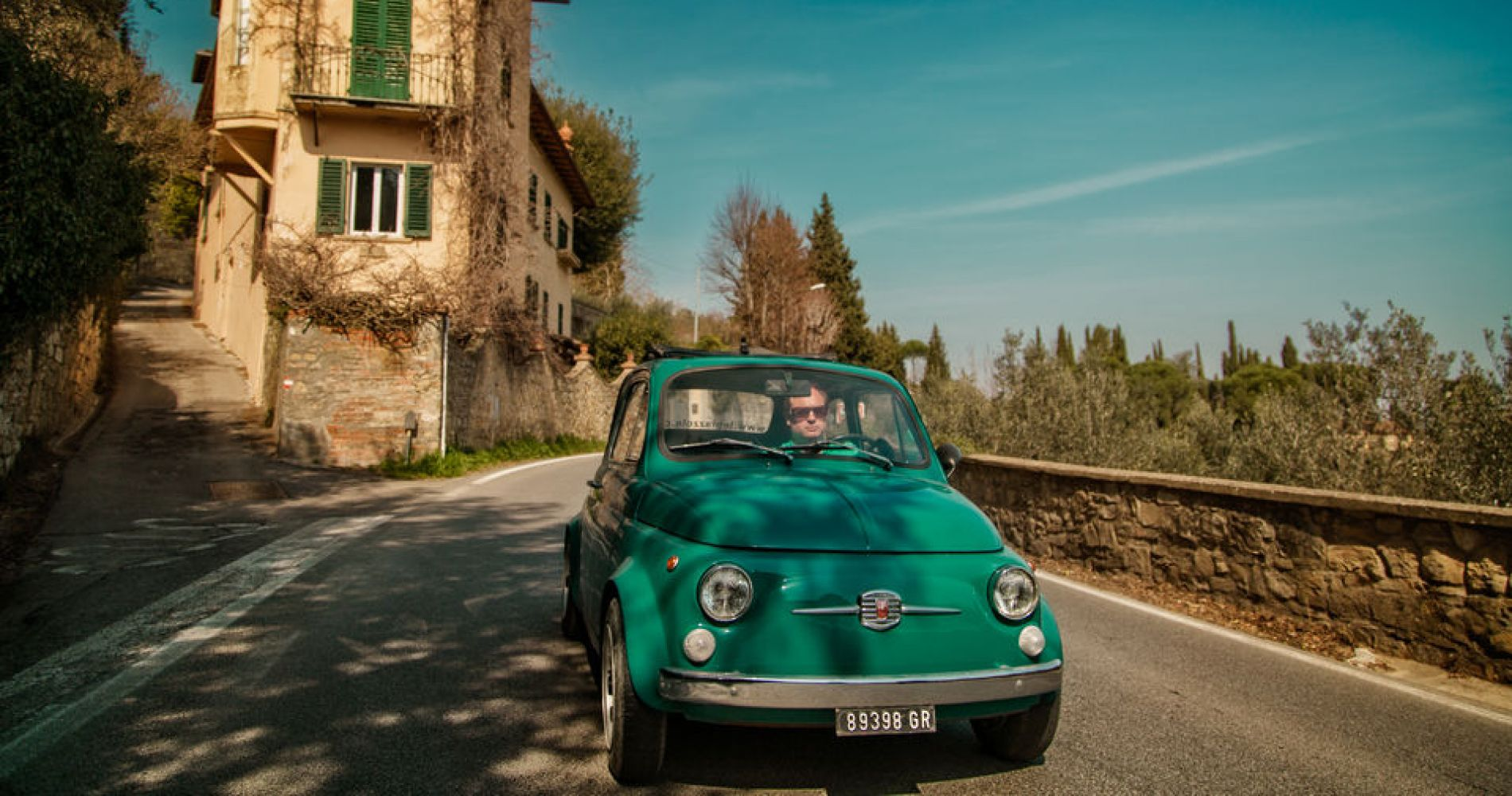 Florence Wine Tasting and Tuscan Lunch in a Vintage Fiat for Two