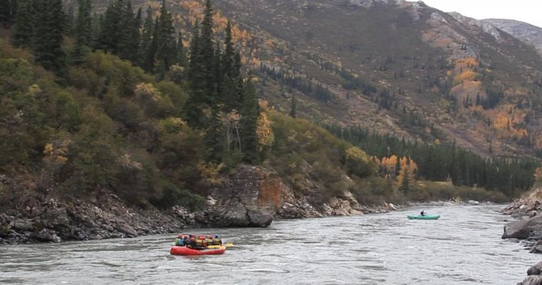 Paddle Rafting on the Nenana Gorge
