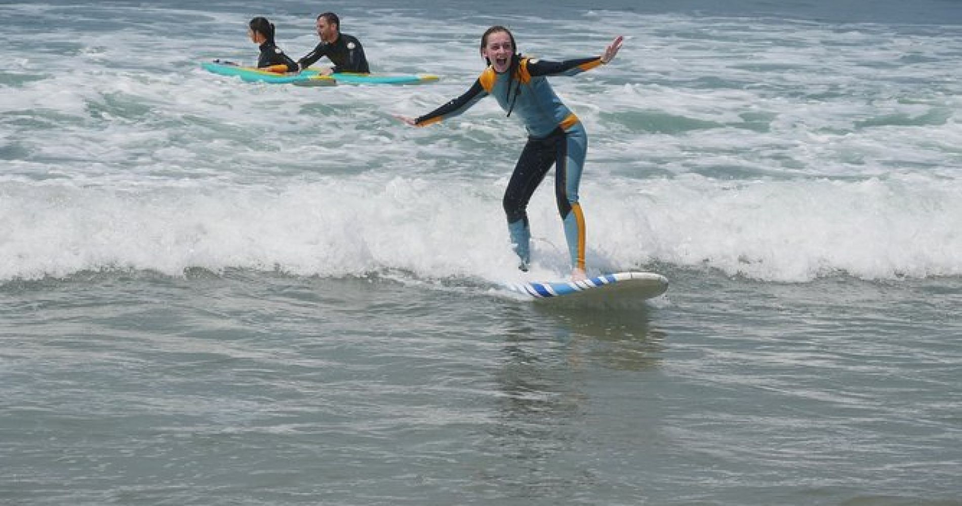 Beginner SURF LESSONS at Venice