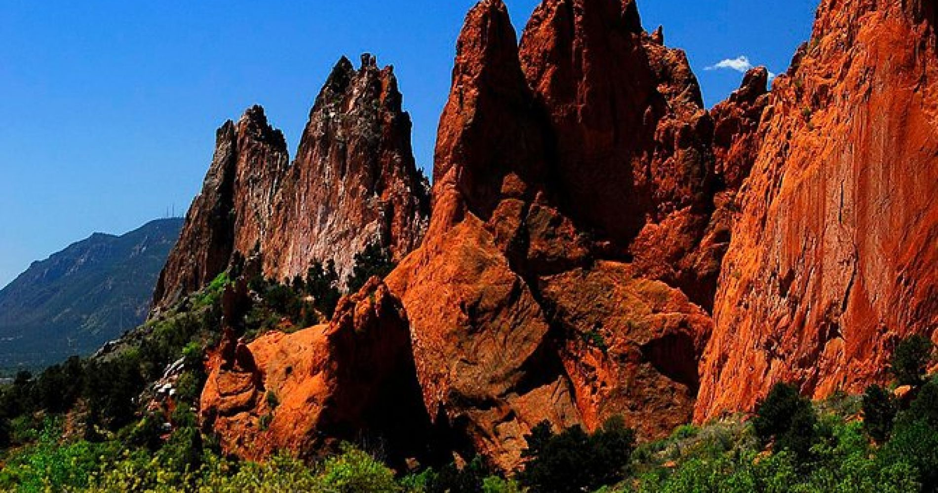 Small Group Tour of Pikes Peak & the Garden of the Gods Denver