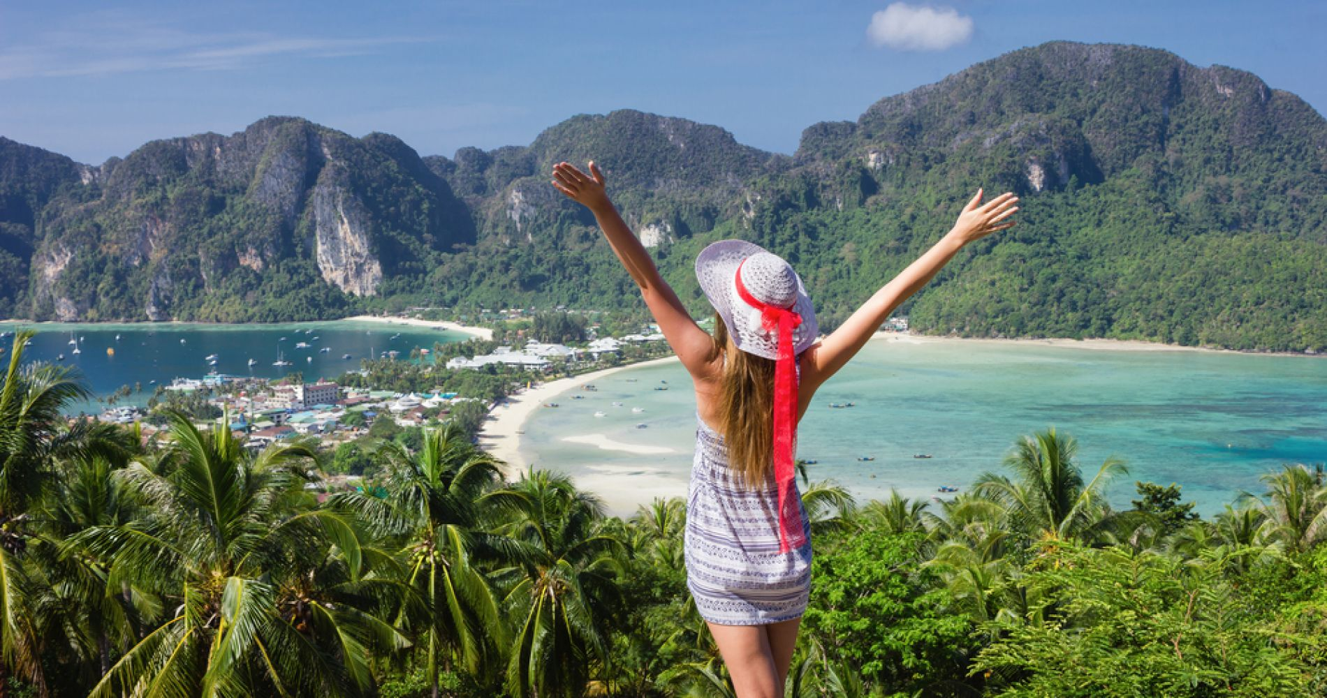 Visit Phi Phi viewpoint to admire the magnificent island