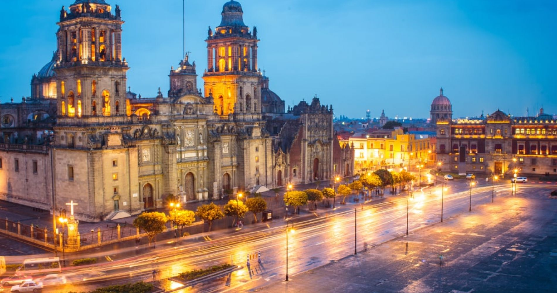 Visit the Metropolitan Cathedral in Mexico City