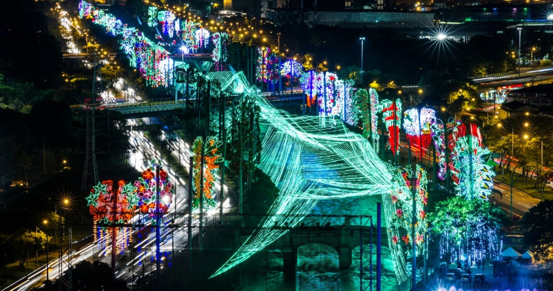 Admire beautiful Christmas lights in Medellín