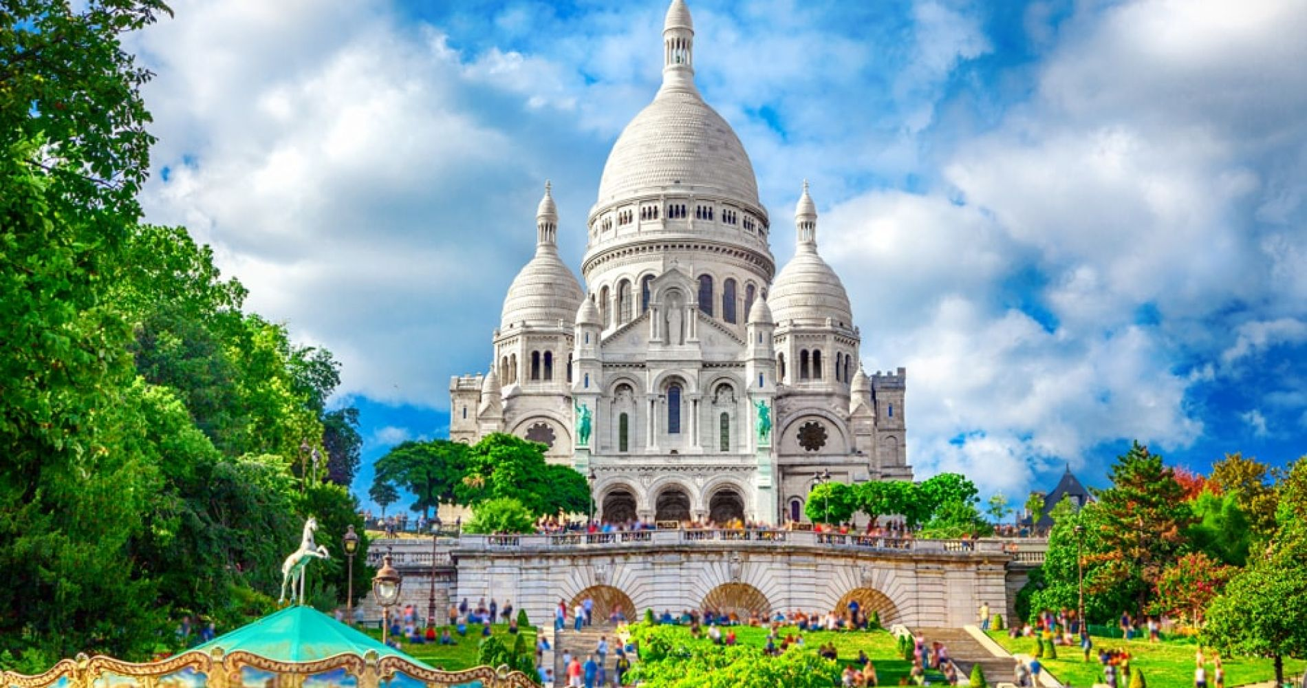 Climb to the top of Montmartre in Paris