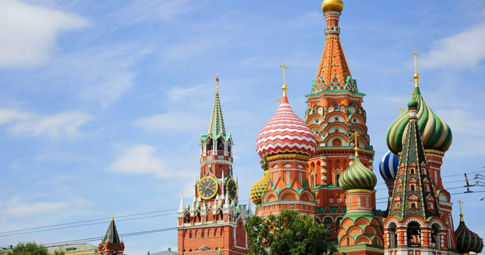 Stroll through the Red Square in Moscow
