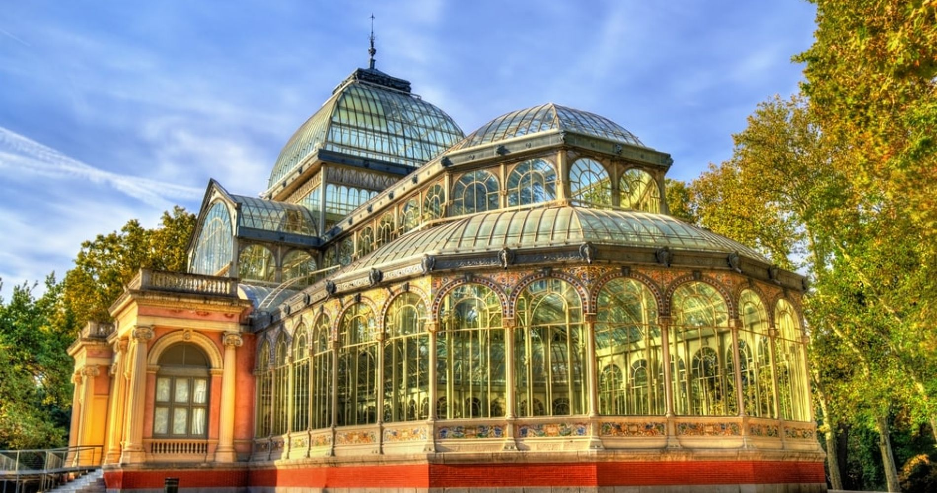 Admire the Palacio de Cristal in Madrid