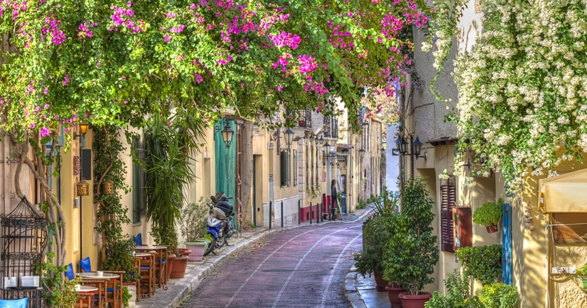 Get Lost In Anafiotika And Plaka in Athens