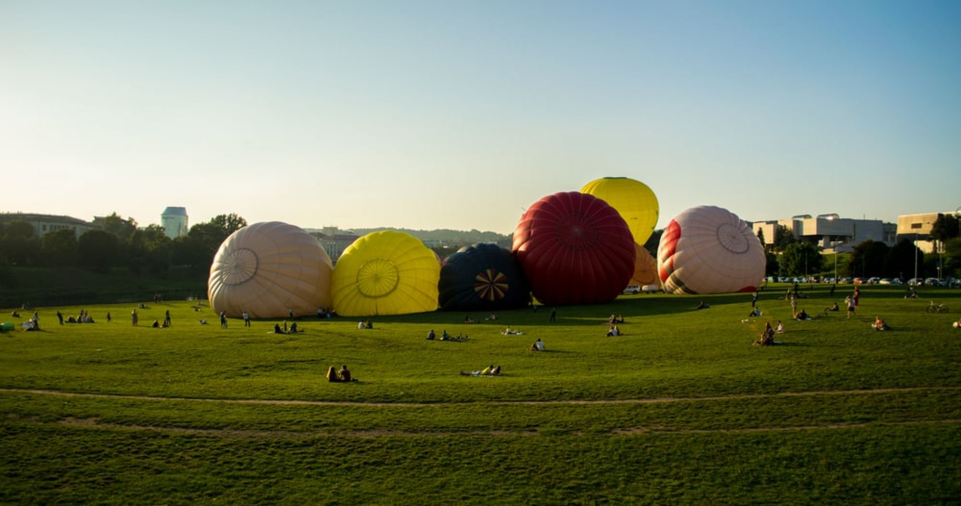 Go Plane or Hot Air Balloon Spotting in Vilnius