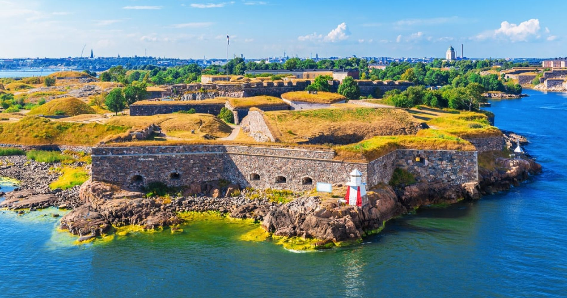 Helsinki & Suomenlinna Sightseeing Day Tour for Two