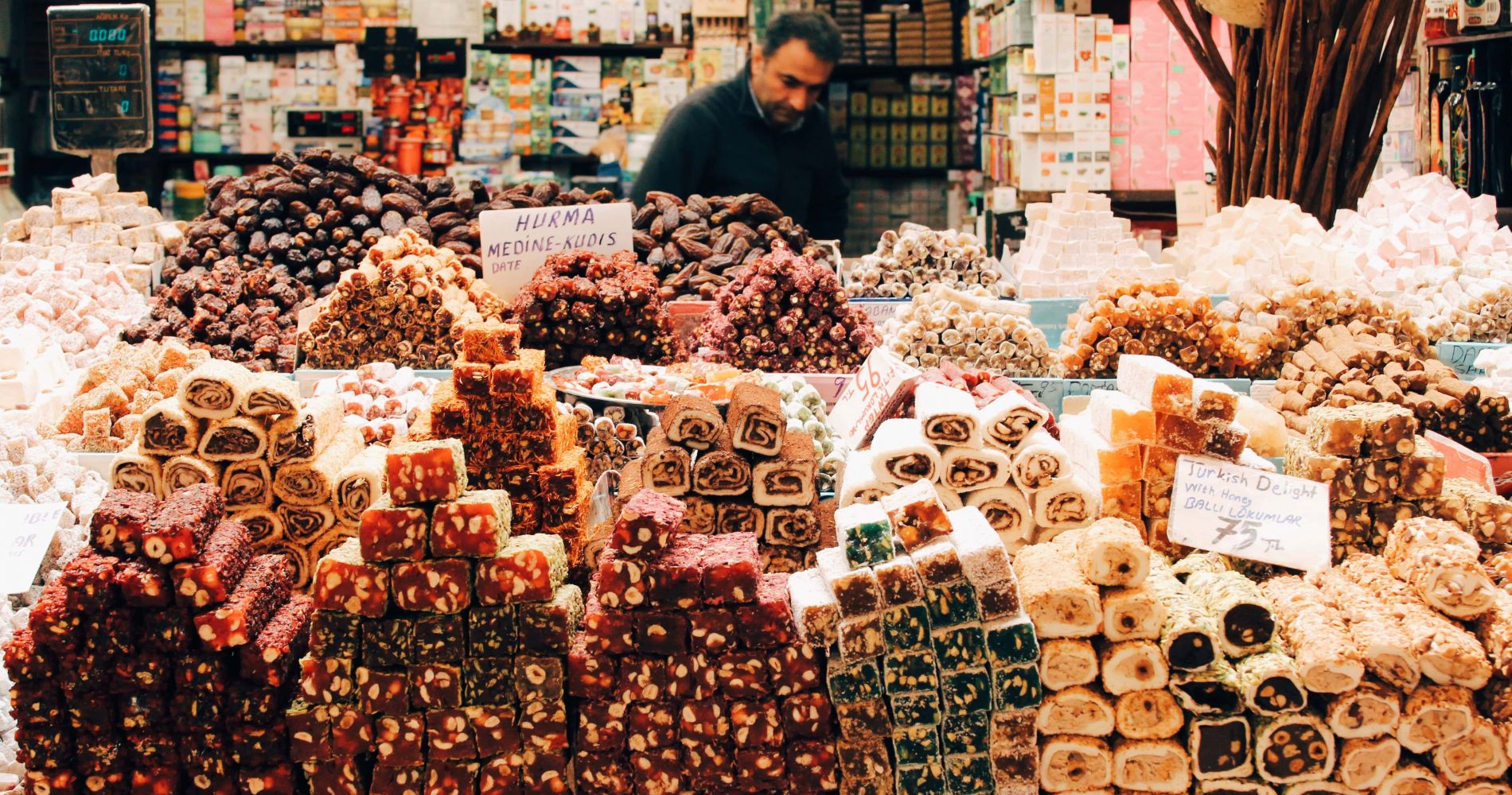 Explore the Grand Bazaar of Istanbul