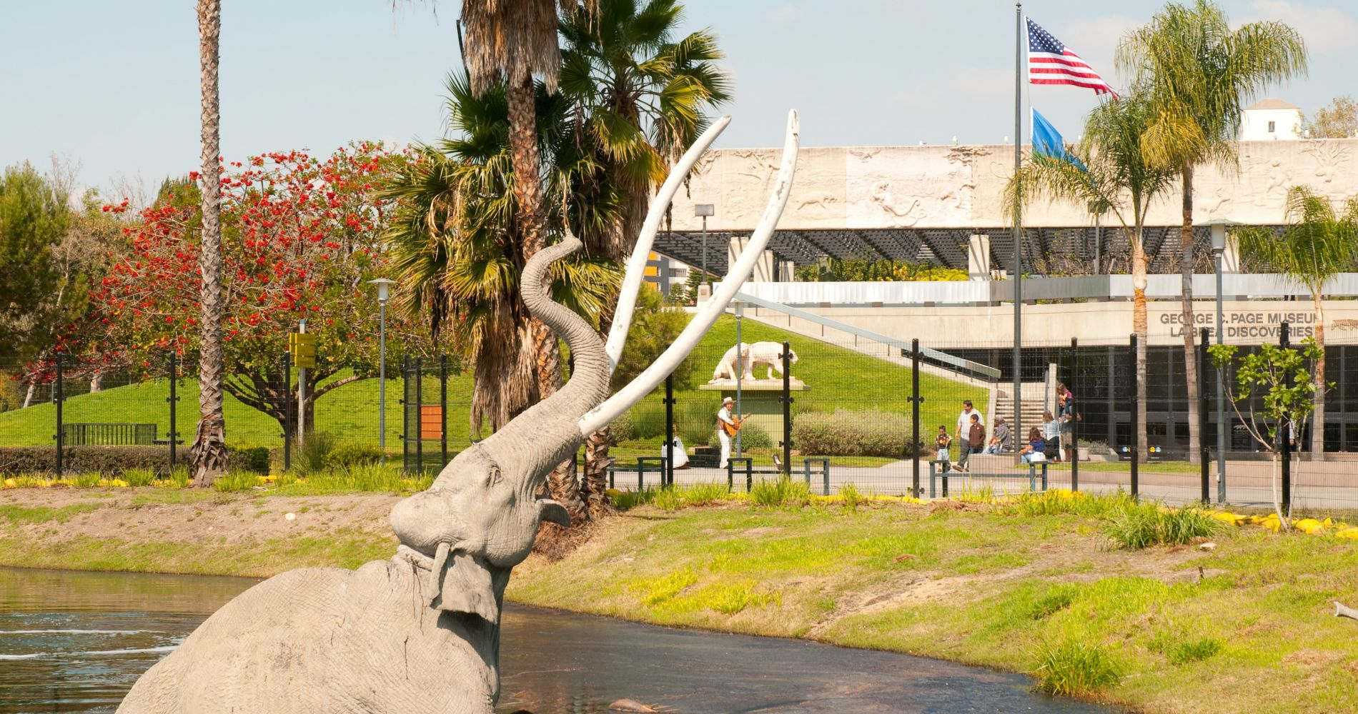 La Brea Tar Pits and Museum and other attractions in LA