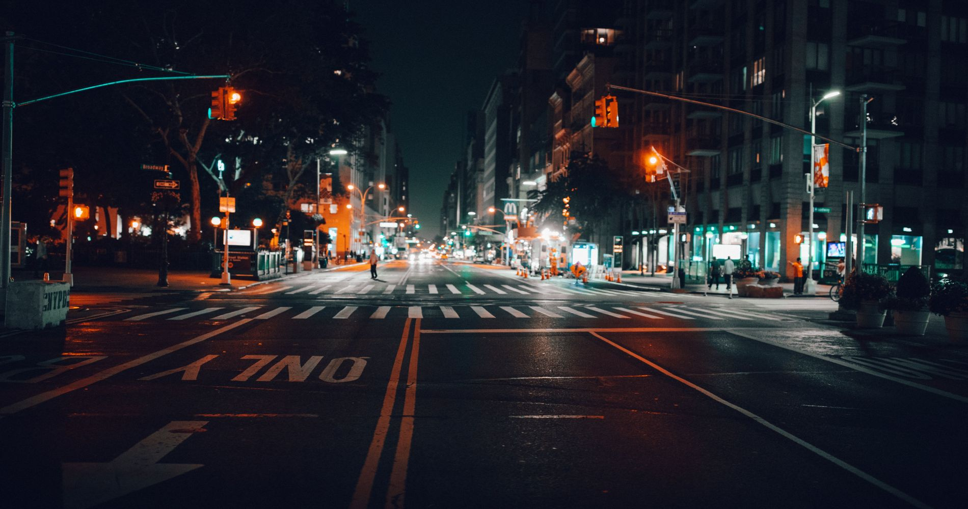 Visit New York with Night Tour by Big Bus New York