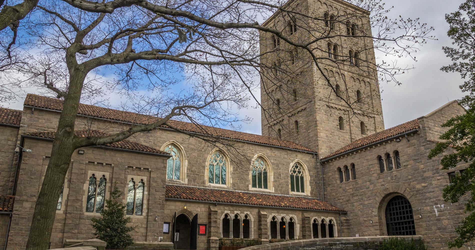 New York Main Attractions with The Met Cloisters with Audio Tour