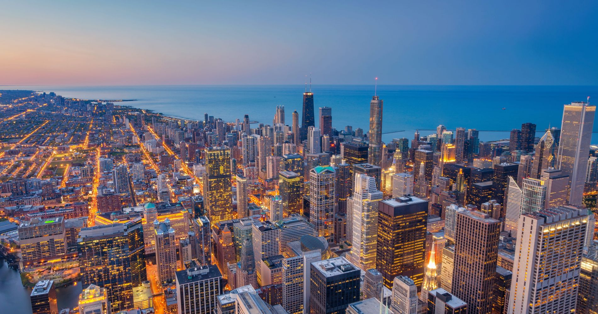 SkyDeck Chicago and other attractions of Chicago