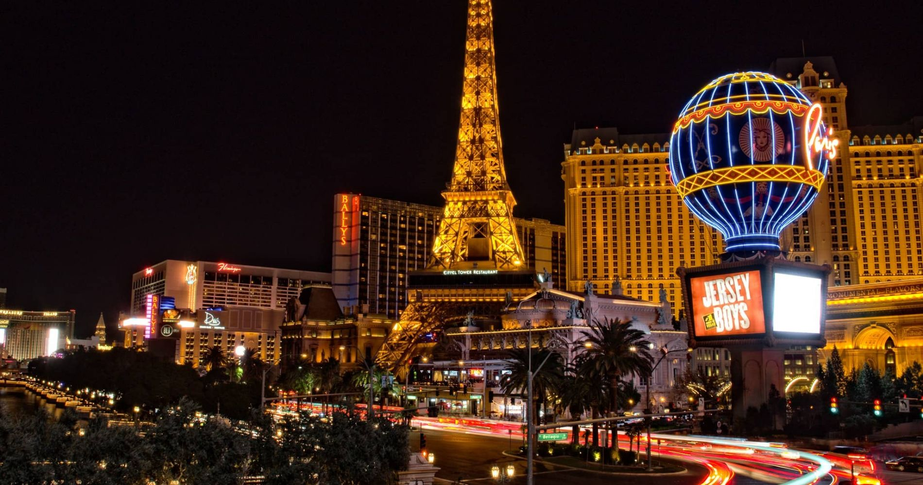 Ticket to Eiffel Tower LasVegas and other attractions