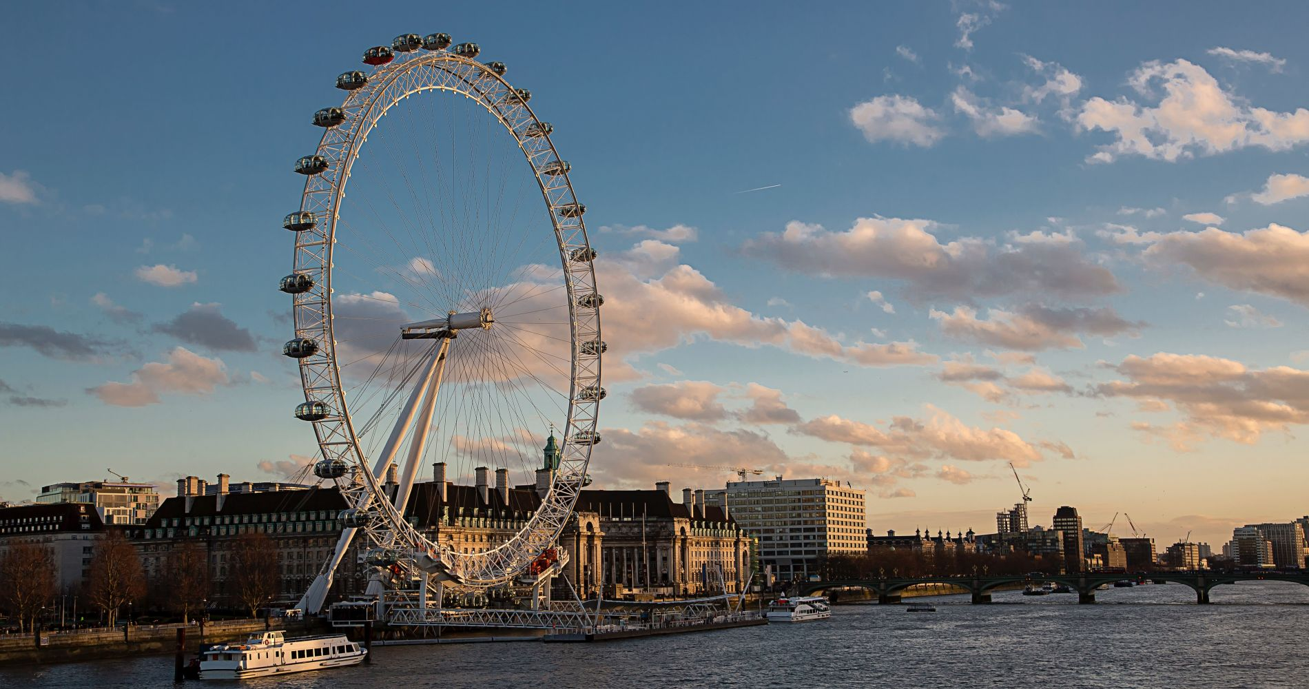 London Eye and Afternoon Tea at the Amba Hotel  for Two