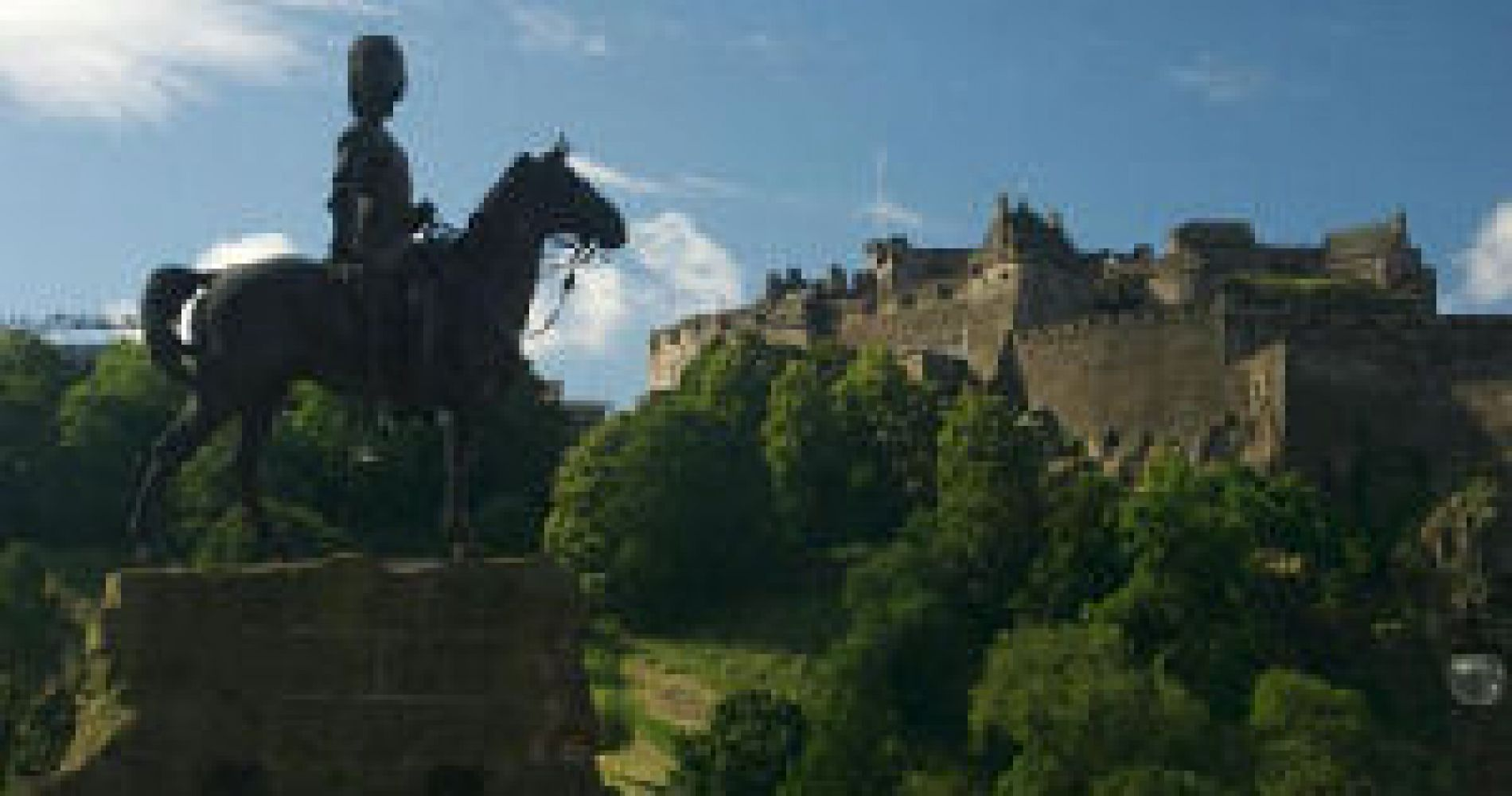 Edinburgh Castle and Dinner and glass of wine at Merchants Restaurant for Two