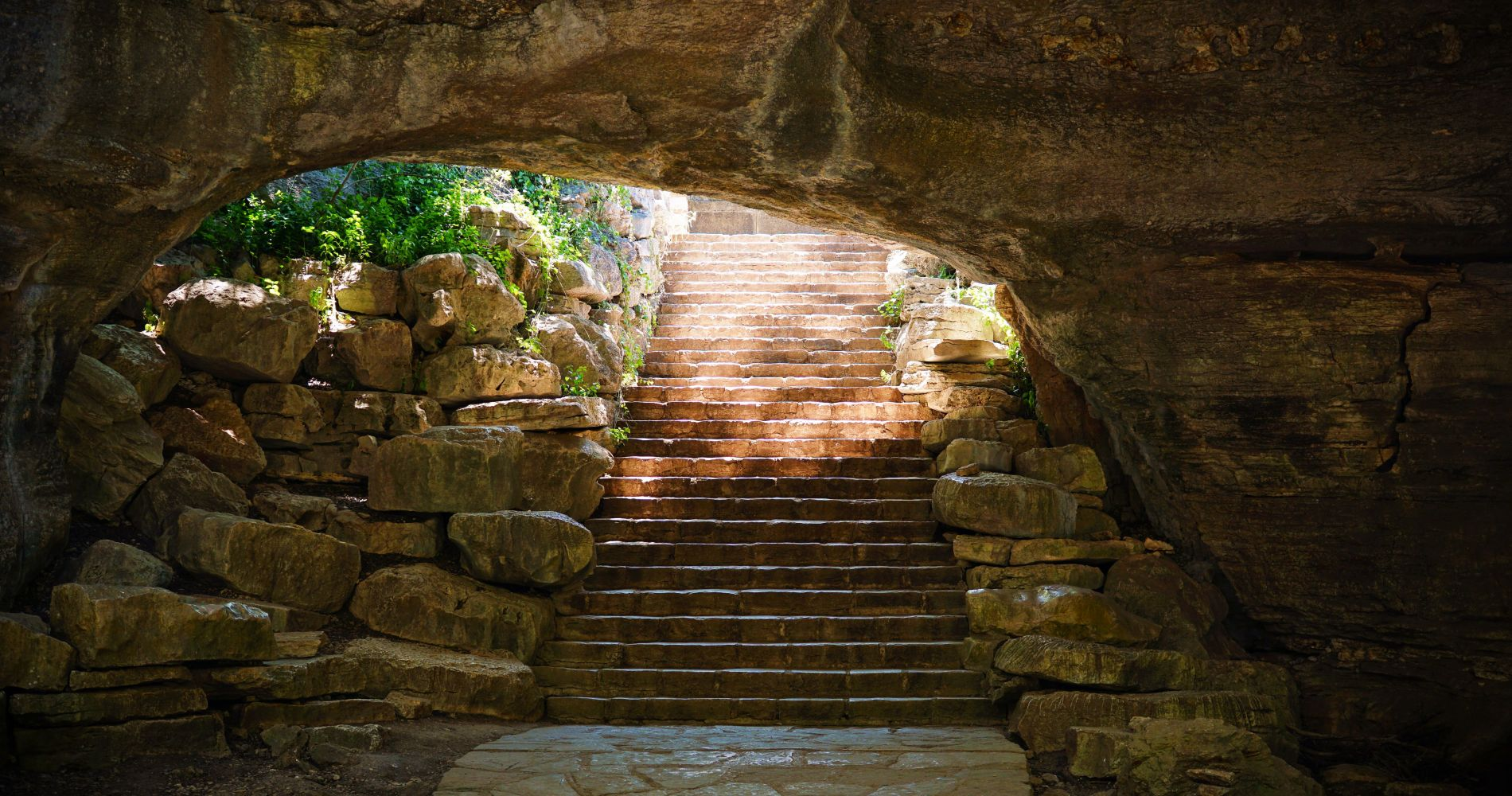 San Antonio Main Attractions with  Natural Bridge Caverns for Two