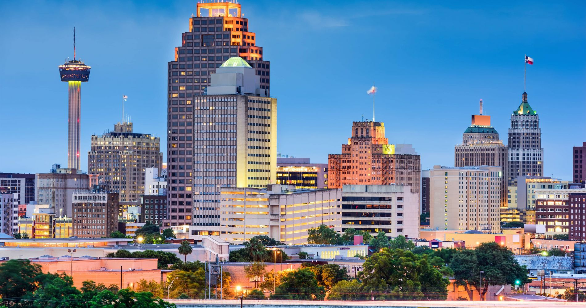 San Antonio Main Attractions with City Sightseeing Hop-On Hop-Off Tour for Two
