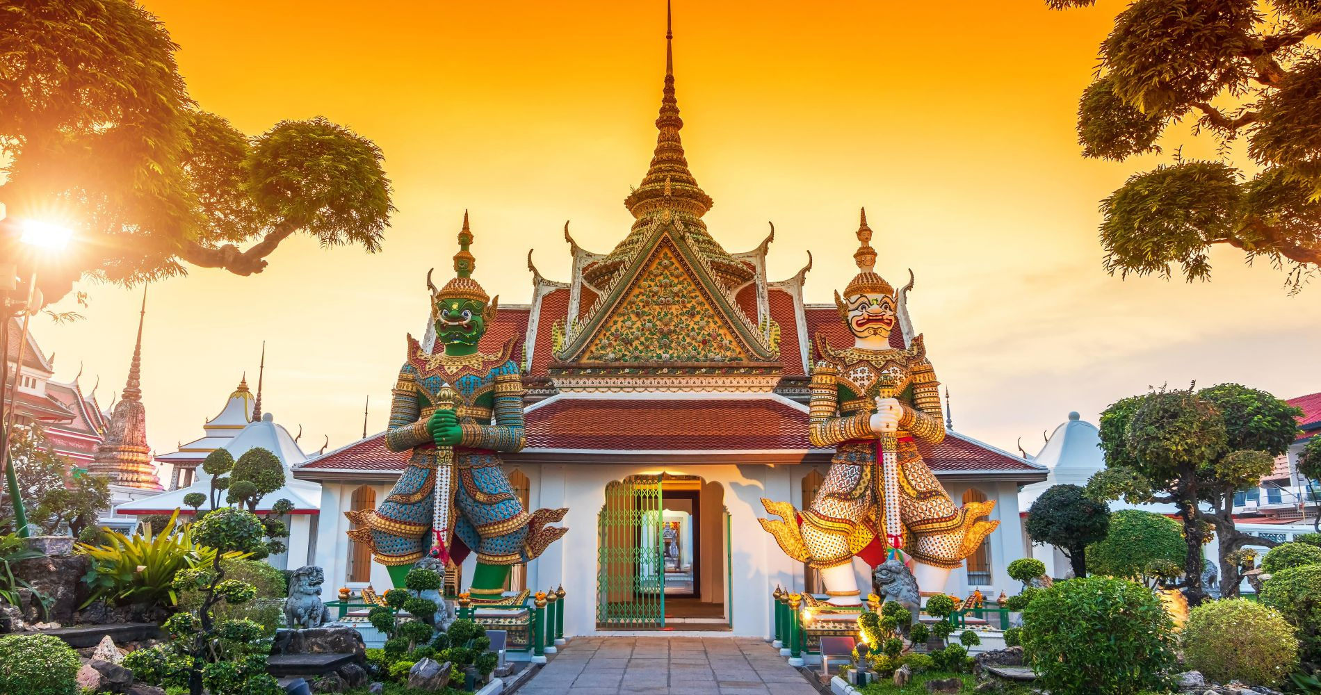 Visit Bangkok with Siam Hop Tour for Two