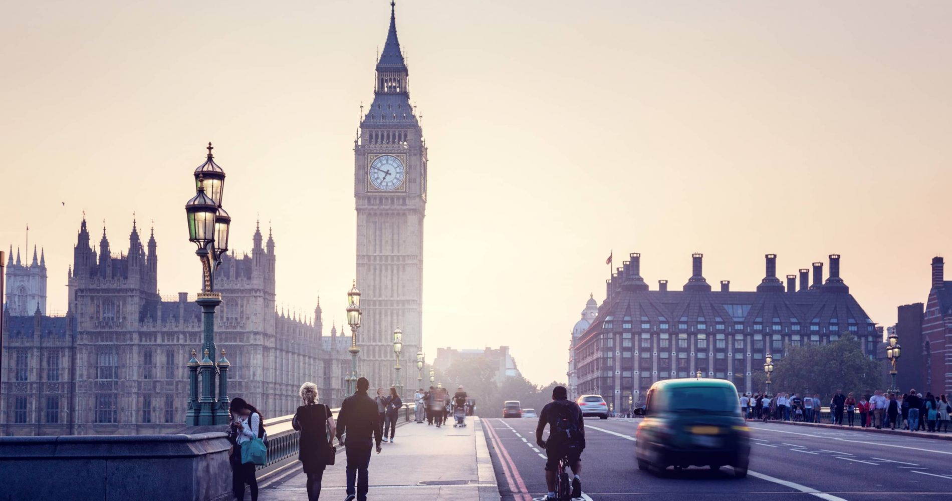 Visit London with 1 Day Hop-On Hop-Off London Bus Tour for Two