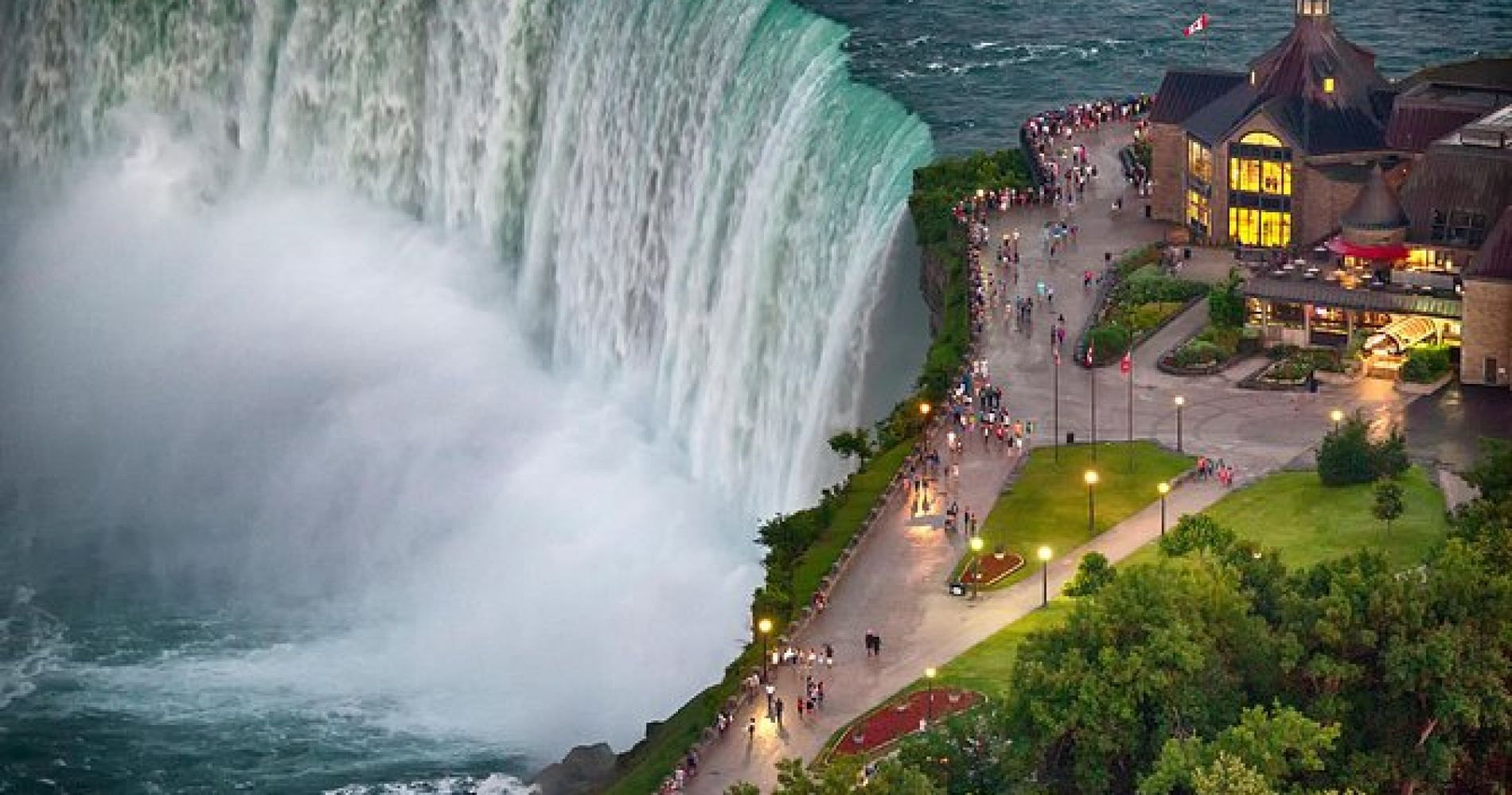 Niagara Falls Canada Tour from Niagara USA