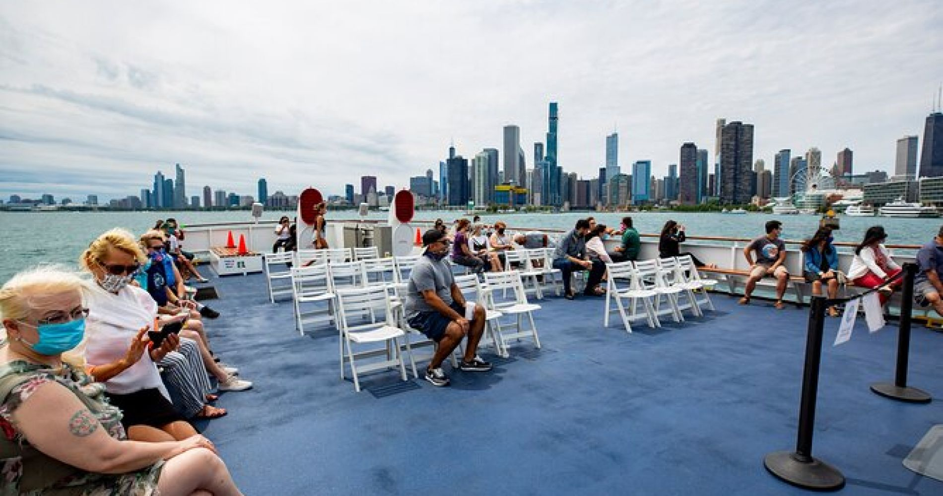 Chicago Lake and River Architecture Tour