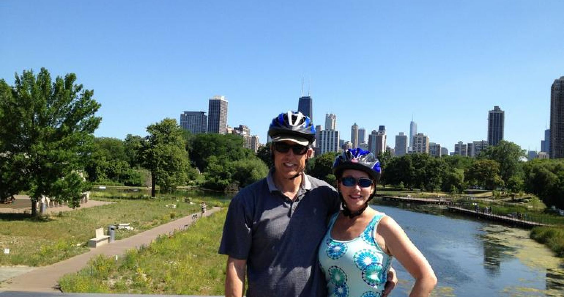 Bike Tour of Chicago's Lakefront Neighborhoods