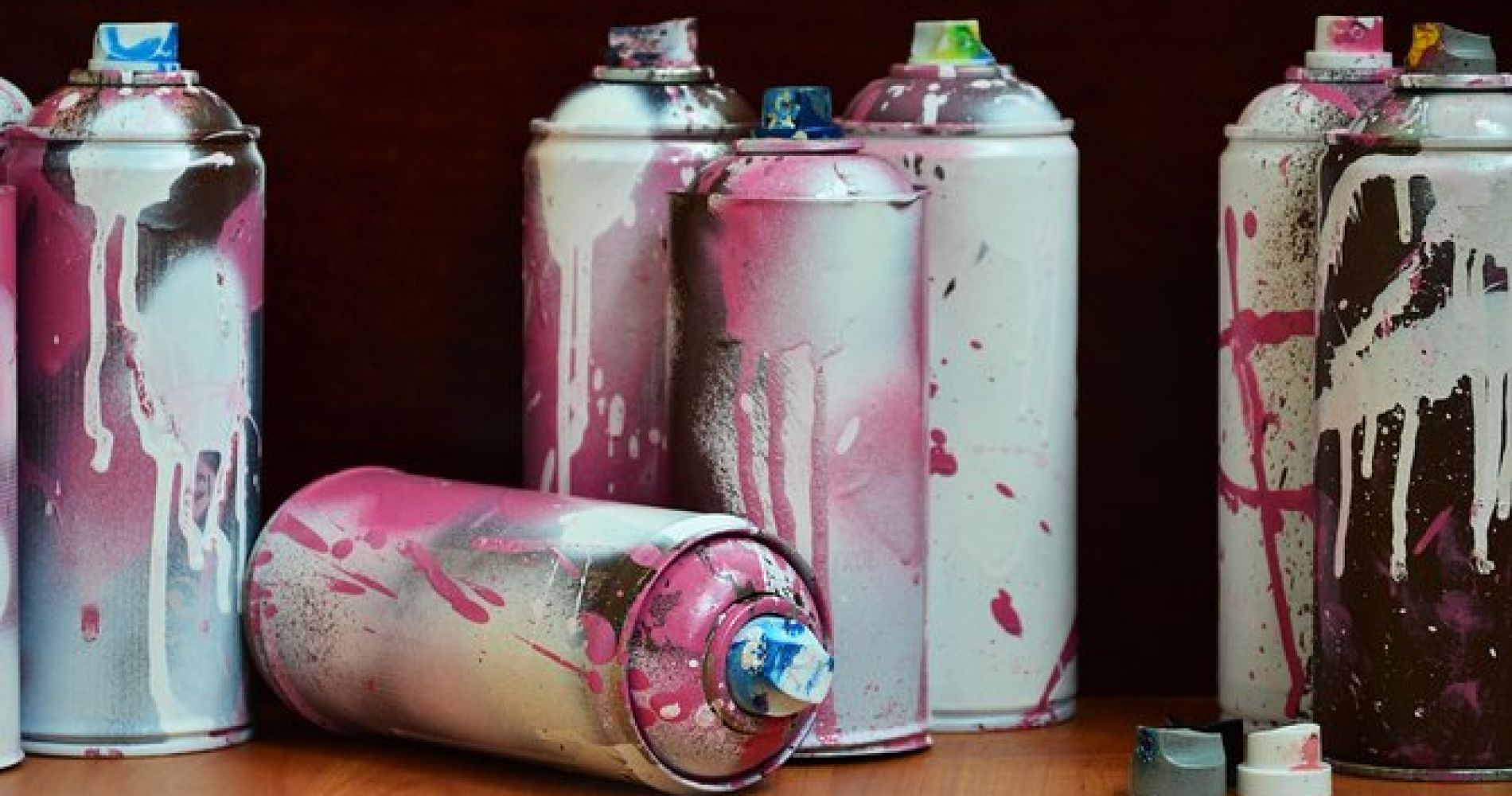 Spray Paint 'n' Sip at Studio W.I.P.