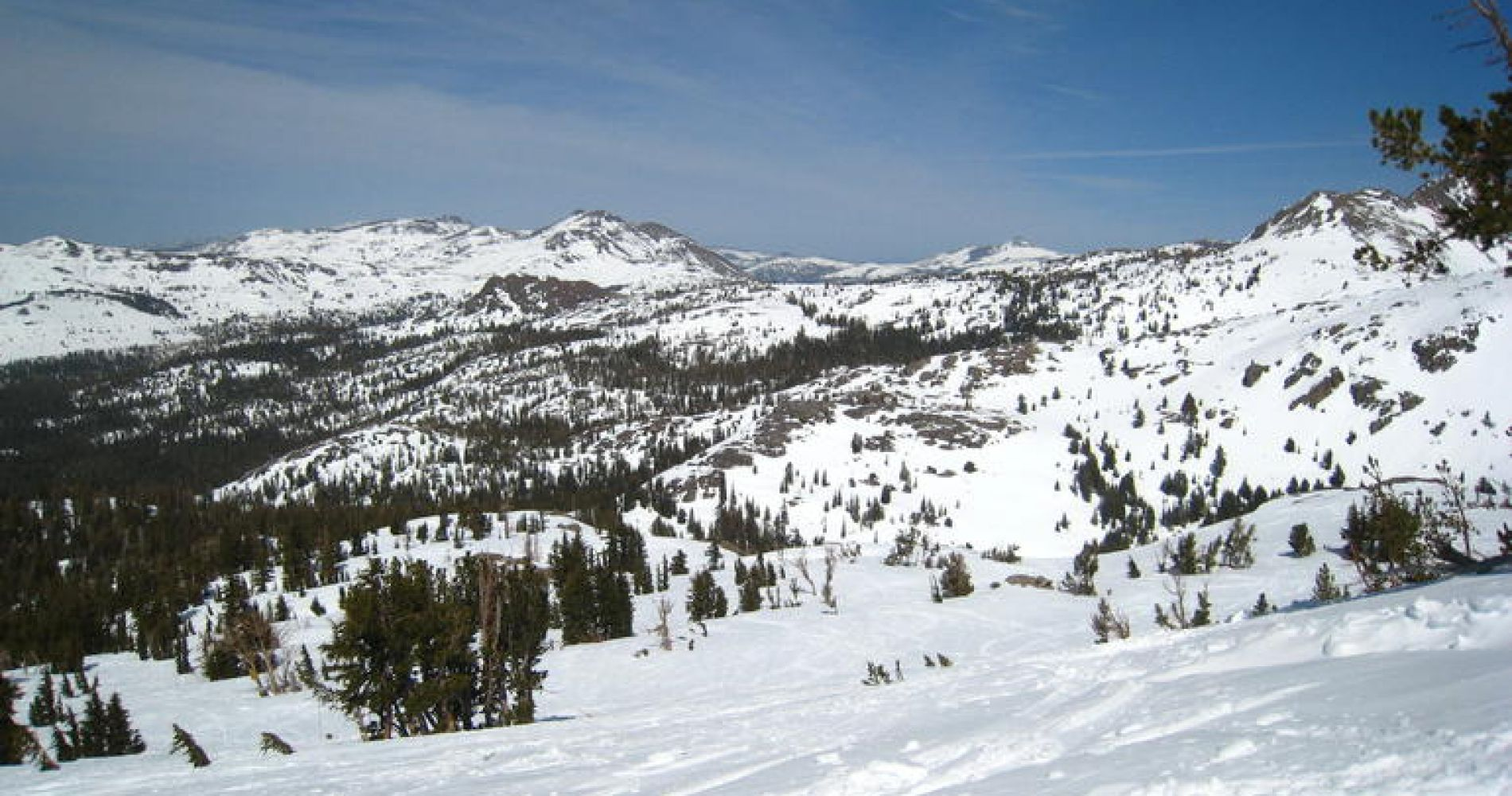 Lake Tahoe Ski or Snowboard Rental with Area Maps, Safety Tips